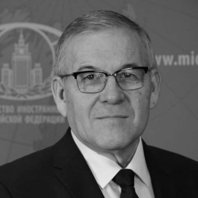 سفير روسيا في الإمارات